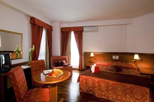 Excel Hotel Roma Ciampino 6