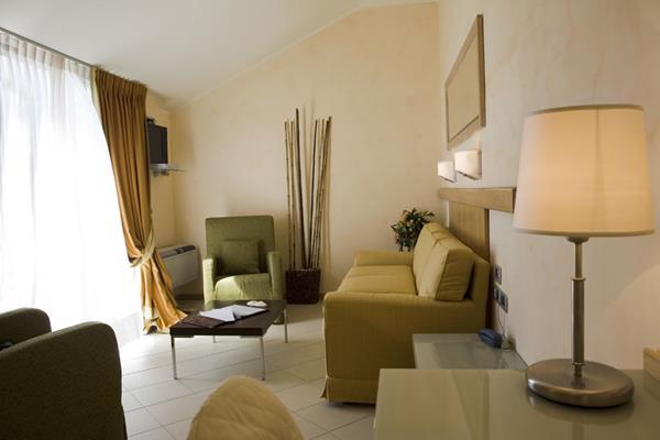 Castellaro Golf Resort - General - 1