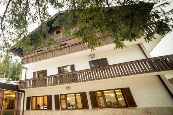 Casa Alpina - Hotel - 0