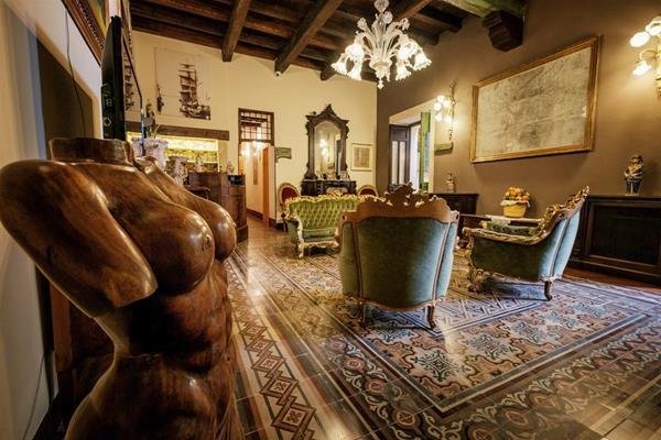 Charme Hotel Henry's House / Hotel Ortigia